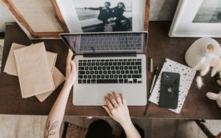 Looking To Be A Successful Blogger? Here's How A Virtual Assistant Can Help.